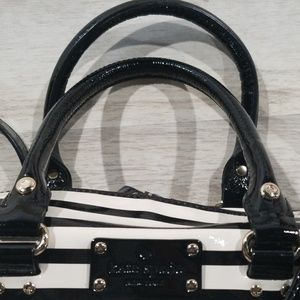kate spade Bags - ⭐⭐HOST PICK⭐⭐Kate Spade patent leather crossbody